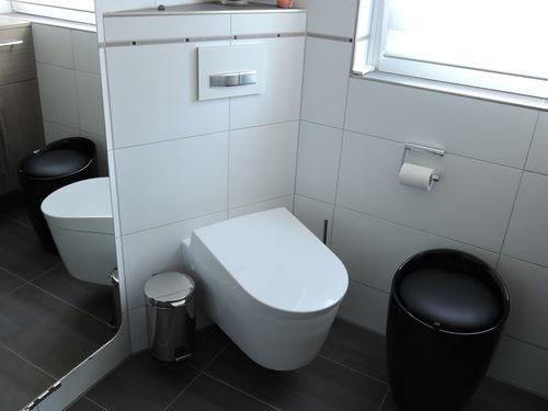 badm bel badewanne waschtisch fulda kalb sanit r und. Black Bedroom Furniture Sets. Home Design Ideas